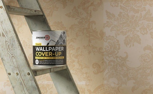 How to paint over wallpaper | Zinsser UK